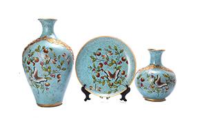 紫色陶瓷工艺品